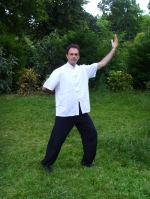 une des 6 postures du Qi gong des 6 sons